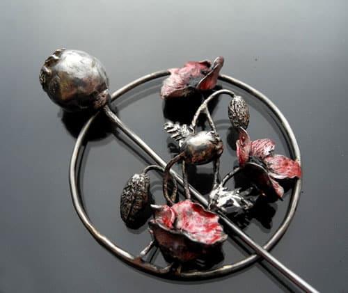 Poppy brooch by Iwona Tamborska